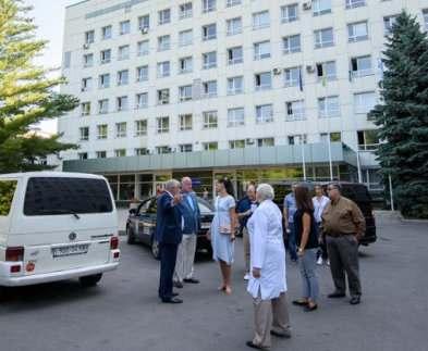 Американским специалистам показали, как работает система неотложной помощи в Харькове