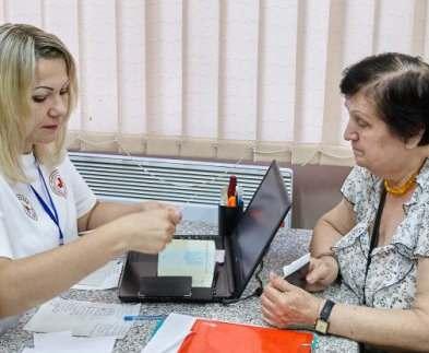 Переселенцам из зоны АТО в Харькове выдают ваучеры на продукты