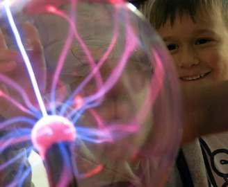В «ЛандауЦентре» скучная физика превращаеся в увлекательное занятие