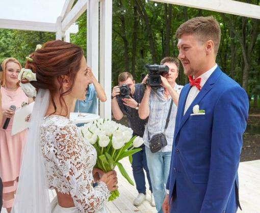 В Харькове открыли площадку для выездных церемоний бракосочетания