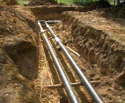 В Харькове перекладывают водопровод