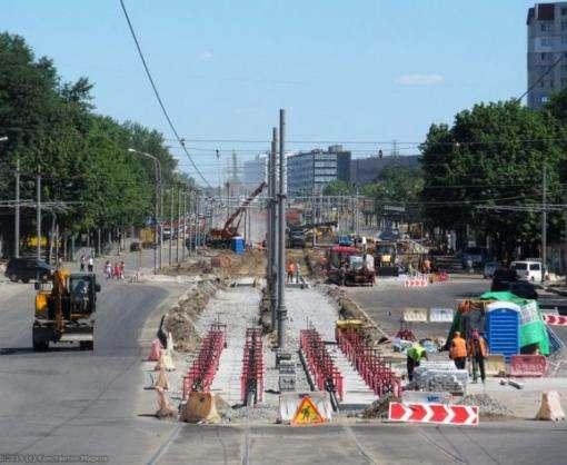 Участок магистрального проспекта в Харькове перекрыт