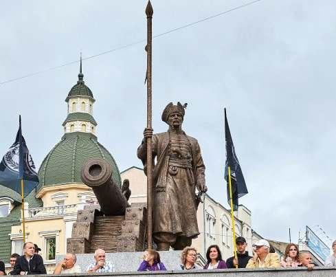 В Харькове официально открыти памятник Ивану Сирко: фото-факт
