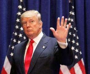 Дональда Трампа покинули восемь советников