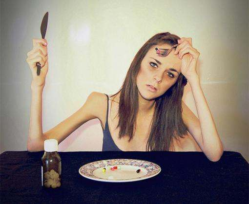 Почему возникает анорексия
