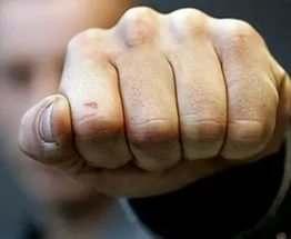 В Харькове мужчина во время ссоры сильно избил жену