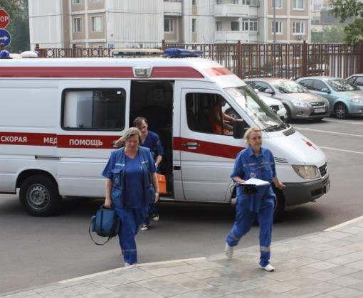 В Харькове женщина бросила троих маленьких детей