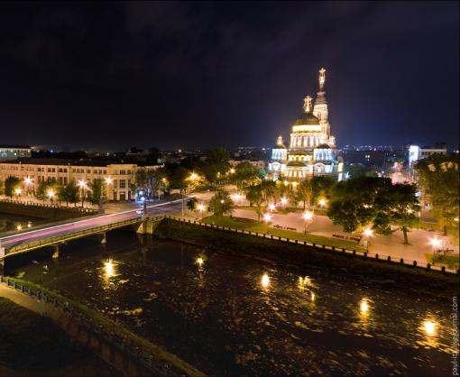 В городе появилась романтическая экскурсия «Вечерний Харьков»