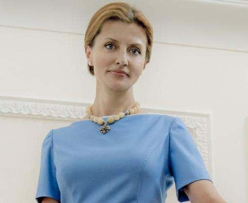 Марина Порошенко привезла в Харьков «Книгу мира»