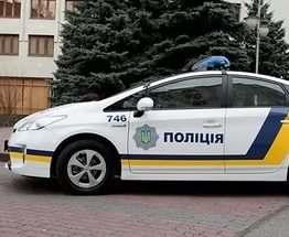 В Харькове на площади Свободы круглосуточно дежурит полицейский Prius