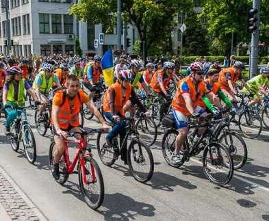 Велосипедистов Харькова в пешеходной зоне будет поджидать Alcohol