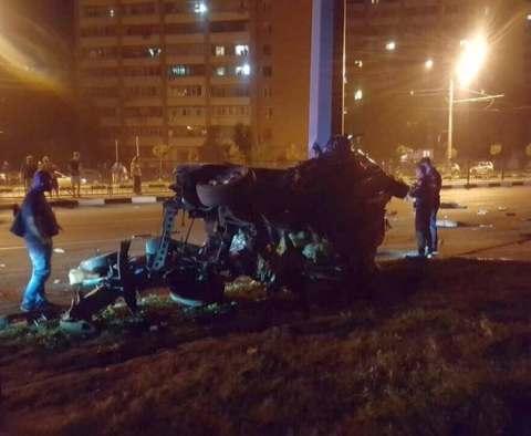 ДТП в Харькове: трое погибших на проспекте Гагарина (фото)