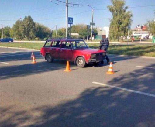 ДТП в Харькове: машина сбила женщину на переходе