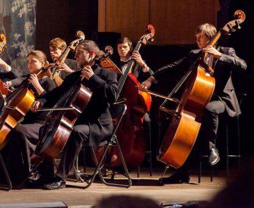 Харьковский оркестр сыграет в темноте