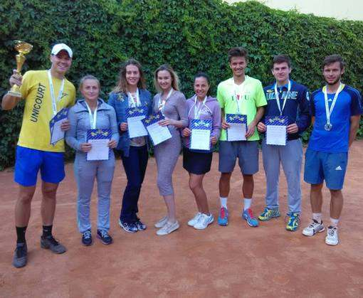 Спортшкола по теннису отмечает 30-летний юбилей