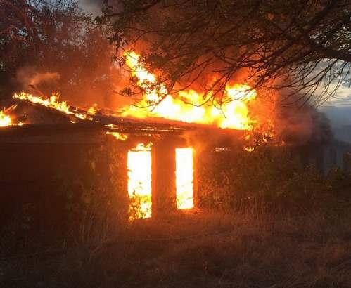 В Балаклее тушили крупный пожар