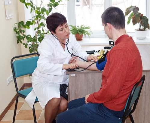 Медицинская реформа: врача теперь можно выбрать по карте