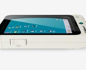 Показан смартфон на Windows 95