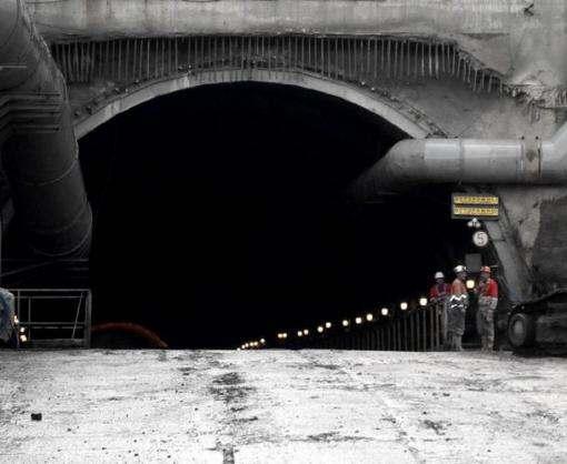 Завершилось строительство нового Бескидского тоннеля в Карпатах
