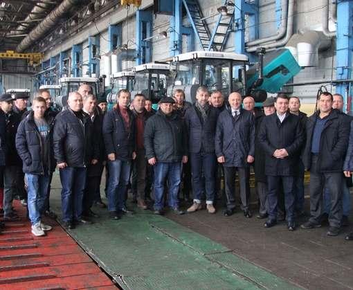 Губернатор Полтавской области и более 40 руководителей сельхозпредприятий посетили ХТЗ