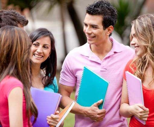 С ноября украинским студентам повысили стипендии