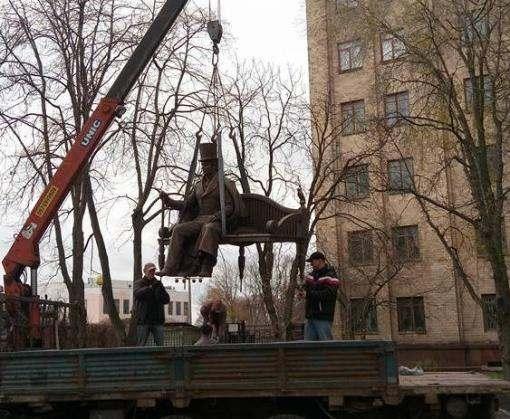 В Харькове около университета открывается памятник Гулаку-Артемовскому