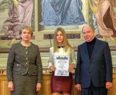 Харьковские школьники стали президентскими стипендиатами