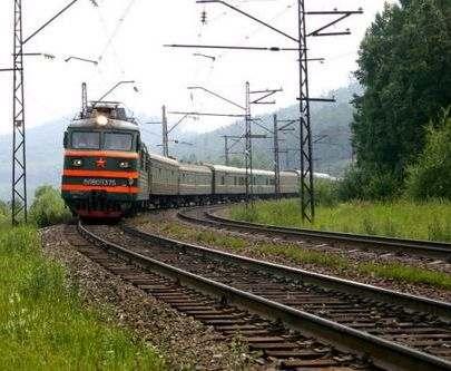 Под Харьковом поезд сбил 28-летнего мужчину