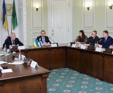 Финны предложили Харькову новые направления сотрудничества
