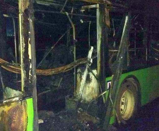 Пожар в Харькове: загорелся троллейбус