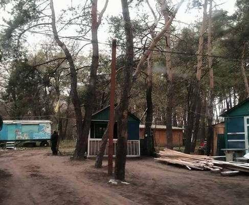 Под Харьковом мошенники захватили лес
