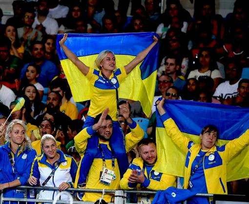 Выдающиеся паралимпийцы Харьковщины получили стипендии президента Украины