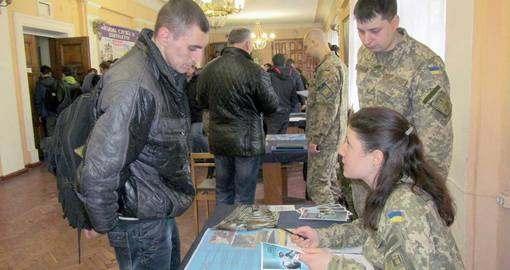 Как работают рекрутинговые центры в Харькове