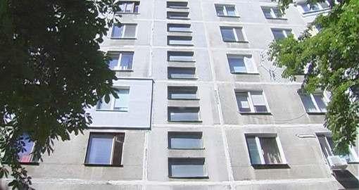 Черный риелтор Подвезько продолжает отбирать у людей жилье: фото-видео