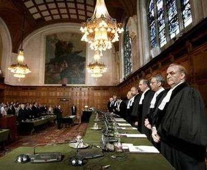 Украина подает на Россию в Гаагский суд