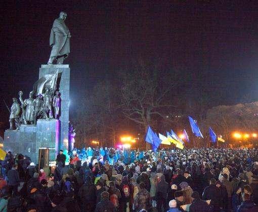 Харьковские полицейские выходят на усиленное дежурство