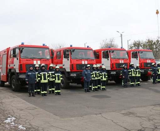 Некоторые харьковские спасатели обзавелись новыми автомобилями