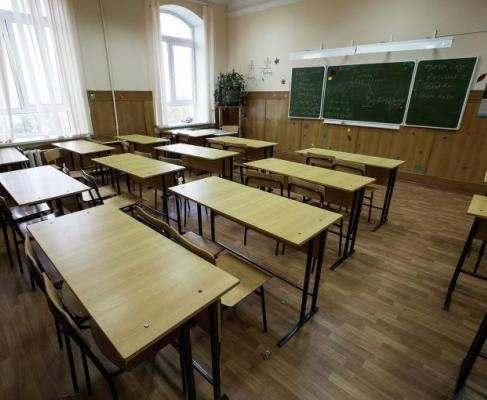Минздрав предлагает запретить невакцинированным детям посещать школы и детсады
