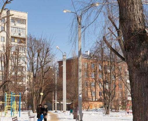 В Харькове осветили очередной микрорайон