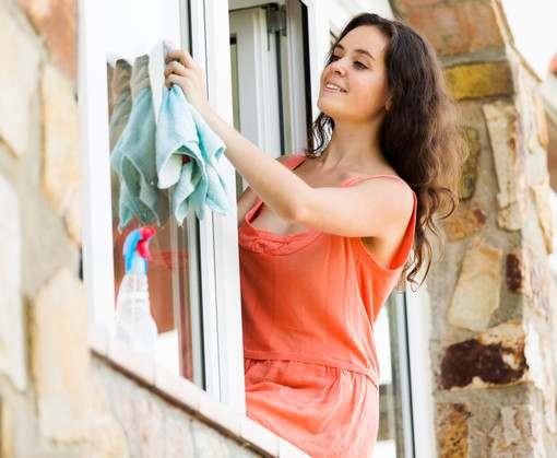 Встречаем весну чистыми окнами – запасаемся гаджетами заранее