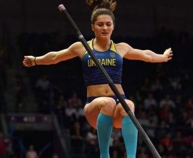 Харьковчанка во Франции установила рекорд Украины по прыжкам с шестом