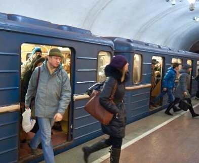 В связи с непогодой в метро пустили дополнительные поезда