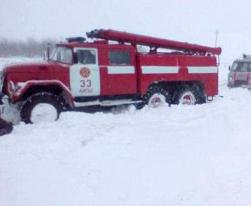 На Харьковщине людей пришлось вызволять из снега