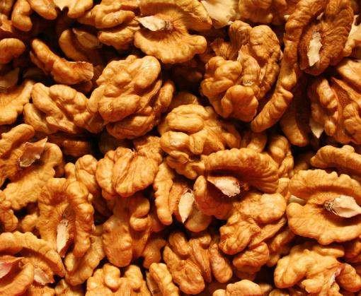 Полезные свойства орехов: от каких заболеваний можно спастись
