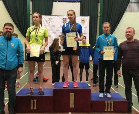 Юные бадминтонисты из Харькова уверенно победили на чемпионате Украины