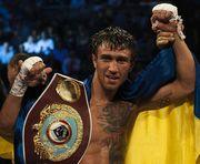 Василий Ломаченко сохранил четвертое место в рейтинге самых прибыльных боксеров