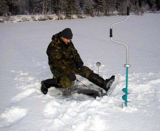 Спасатели просят украинцев не выходить на лед