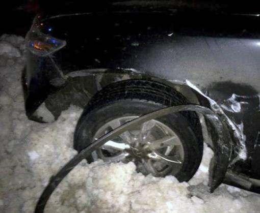 ДТП в Харькове: автомобили сбили молодую пару