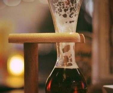 В бельгийском баре на каждый пивной бокал поставили охранную систему