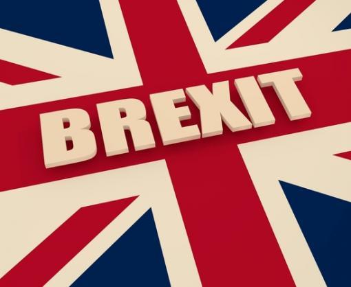 Британский парламент предложил отложить Brexit